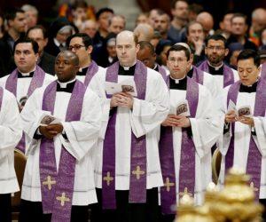 Priesters zijn groter dan de Engelen!